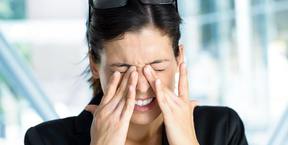 Remédio eficaz de hypostases abaixo de olhos