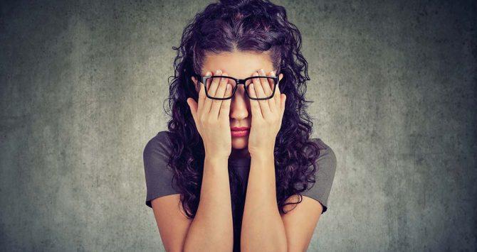 Os prejuízos de usar óculos falsificados